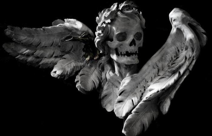 Фрагмент скульптурного мемориала кардинала Джузеппе Ранато Империали в римской церкви Сант-Агостино. Паоло Поси (проект) и Пьетро Браччи (скульптура), 1741 год. | Фото: atlasobscura.com.