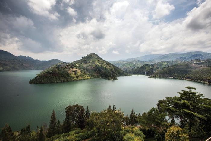 Живописный вид на озеро Киву в Руанде. | Фото: sites.psu.edu.