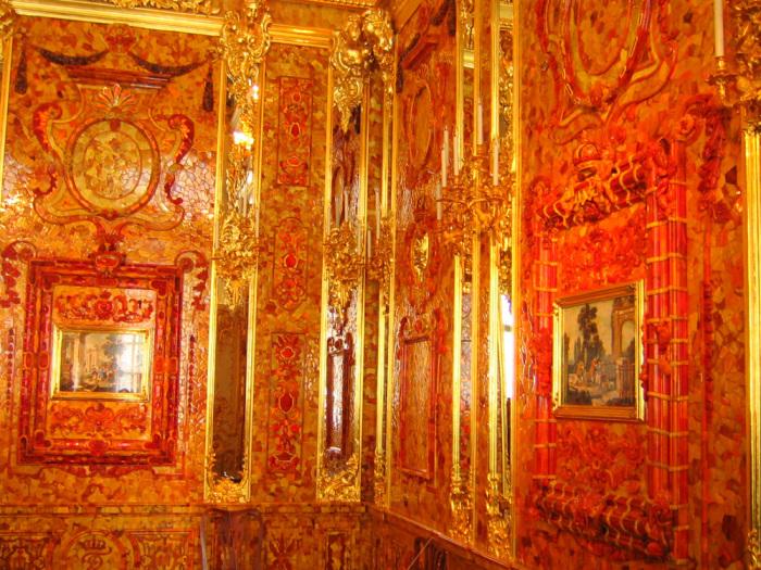 Янтарный кабинет – знаменитое сокровище российских монархов. Фото: peterburg.biz.