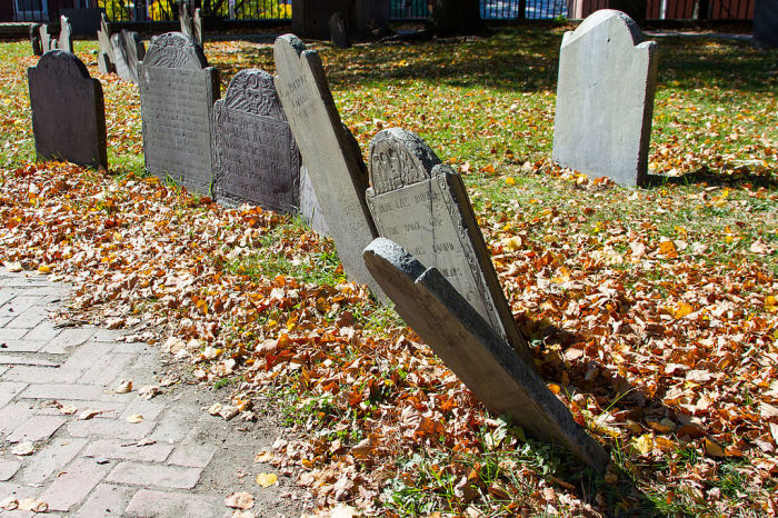 Надгробия XVIII и XIXвеков на холме Коппс Хилл в Бостоне.   Фото: commons.wikimedia.org.