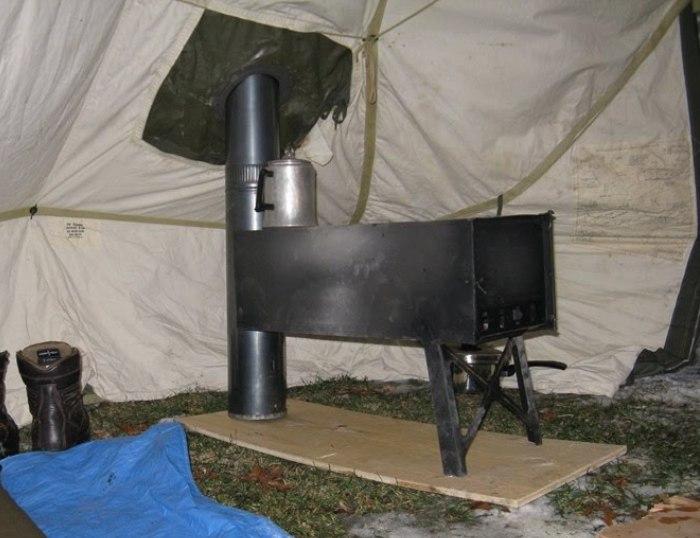 Юконская печка, установленная в палатке. | Фото: bushcraftusa.com.