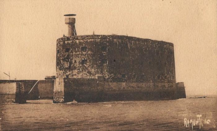 Форт Бойар в начале XIX века. | Фото: fan-fortboyard.fr.