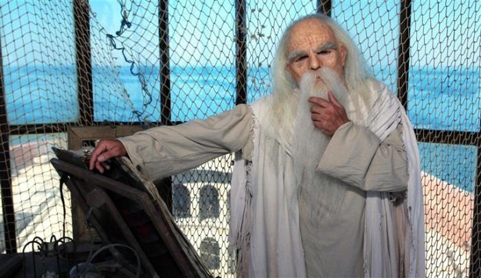 Старец Фура - любитель загадок из форта Бойяр. | Фото: smileplanet.ru.