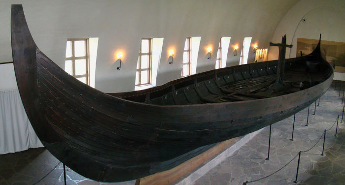 Гокстадский корабль древних скандинавов, IX век н.э. | Фото: en.wikipedia.org.