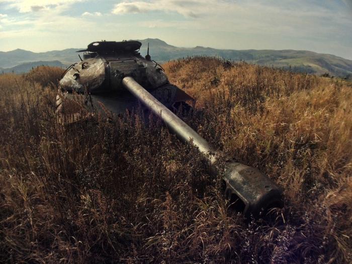 Советский танк 1950-х годов на острове Шикотан.   Фото: nlo-mir.ru.