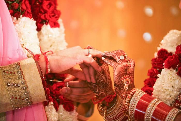 Индийская свадьба. | Фото: loveguruastrologer.com.