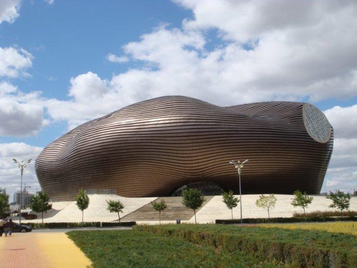 Дизайнерский проект музея в Ордосе (Ordos Museum). | Фото: en.wikiarquitectura.com.