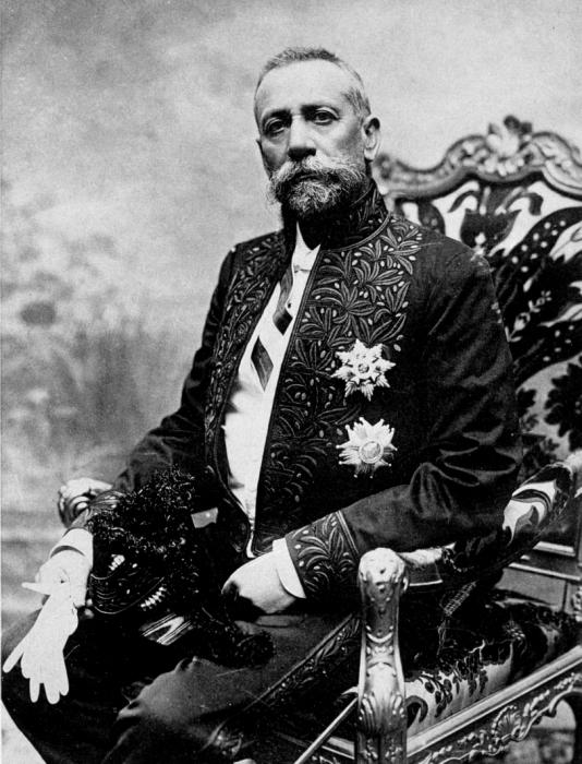 Альбер I в парадной форме члена французской Академии наук, 1910 год. | Фото: photolib.noaa.gov.