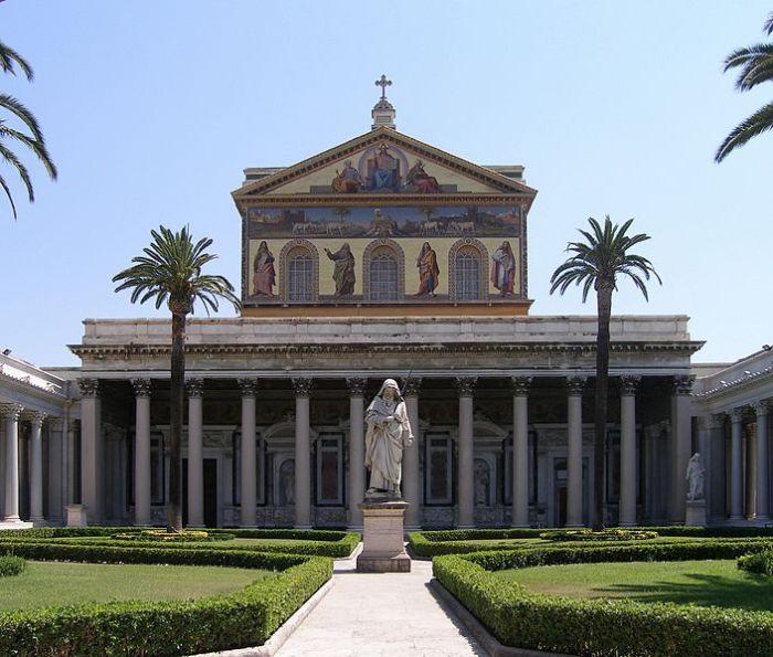 Базилика Святого Павла за городскими стенами, Рим. | Фото: commons.wikimedia.org.