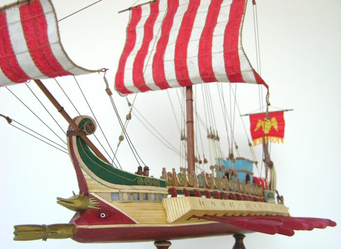 Римский боевой корабль. | Фото: pinterest.com.