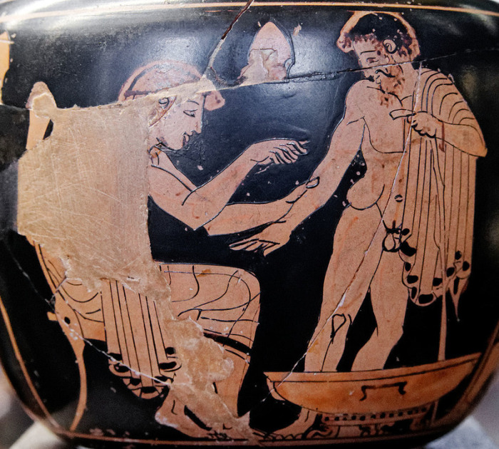 Изображение врача на греческой вазе. | Фото: commons.wikimedia.org.