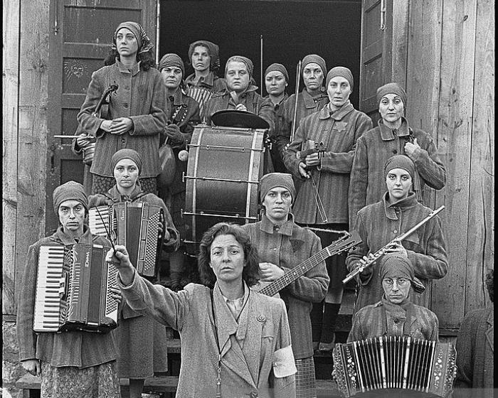 Женский оркестр концлагеря Освенцим. | Фото: gettyimages.com.