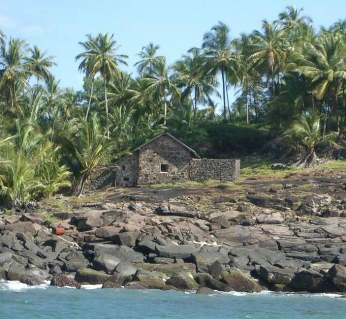 Хижина Альфреда Дрейфус на острове Дьявола, Французская Гвиана. | Фото: ru.wikipedia.org.