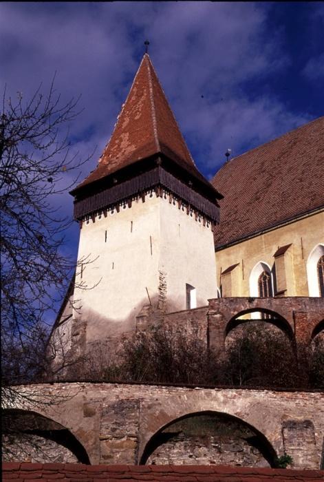 Укрепленная башня церкви в Бьертане. | Фото: biertan.ro.