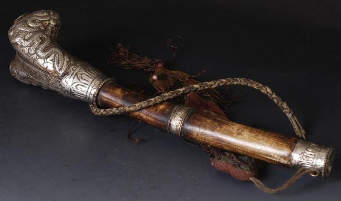 Канглинг, украшенный серебром. | Фото: muz4in.net.