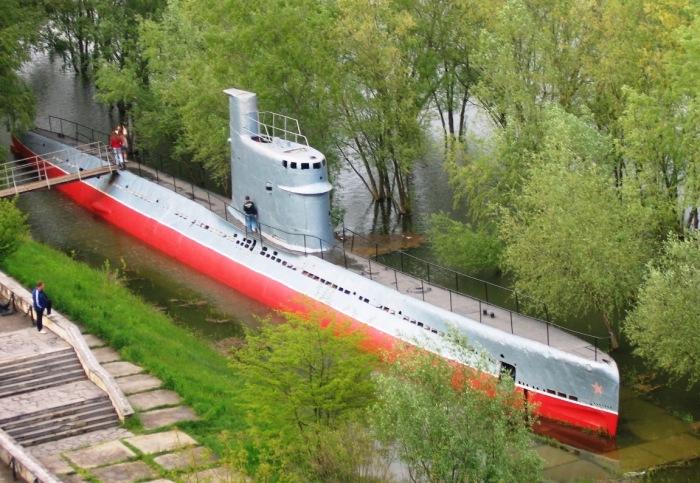 Подводная лодка проекта 615. Краснодар, 2005 год. | Фото: forums.airbase.ru.