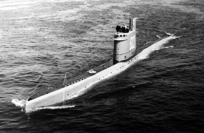 Подводная лодка проекта 615 на плаву, 1960 год. | Фото: ckb-rubin.ru.