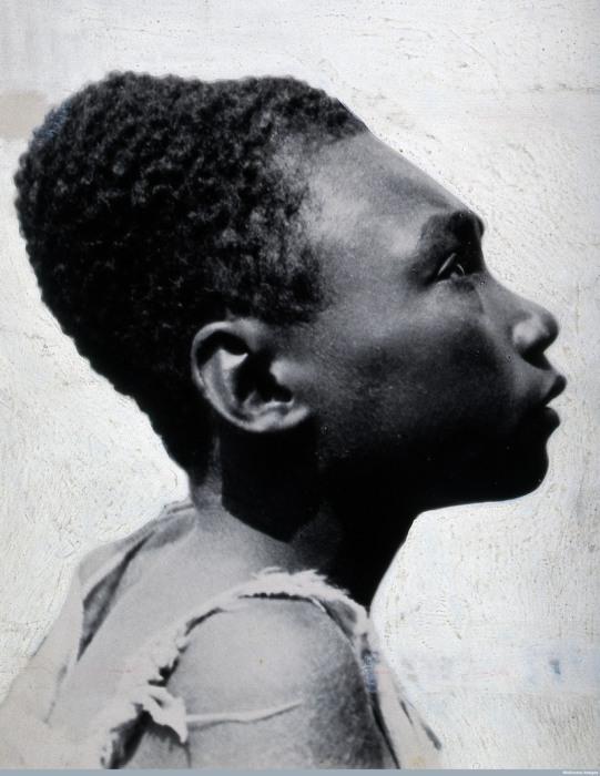 Мужчина с острова Бугенвиль. Папуа-Новая Гвинея, 1919 год. | Фото: ru.wikipedia.org.
