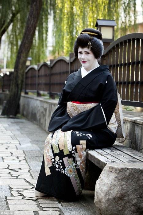 Саюки (Фиона Грэхэм) - первая гейша неяпонского происхождения. | Фото: dailymail.co.uk.