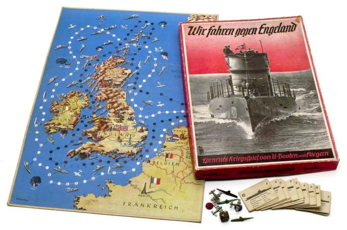 Немецкая настольная игра Wir fahren gegen England, в которой немецкие дети контролировали британскую береговую линию с помощью самолетов и подводных лодок, 1939 год. | Фото: atlas-repropaperwork.com.