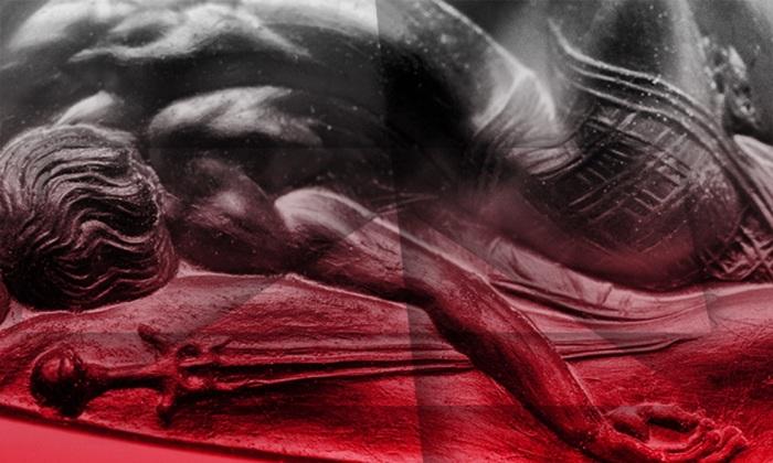 Фрагмент геммы, на котором видна отлично прорисованная мускулатура воинов. | Фото: atlasobscura.com.