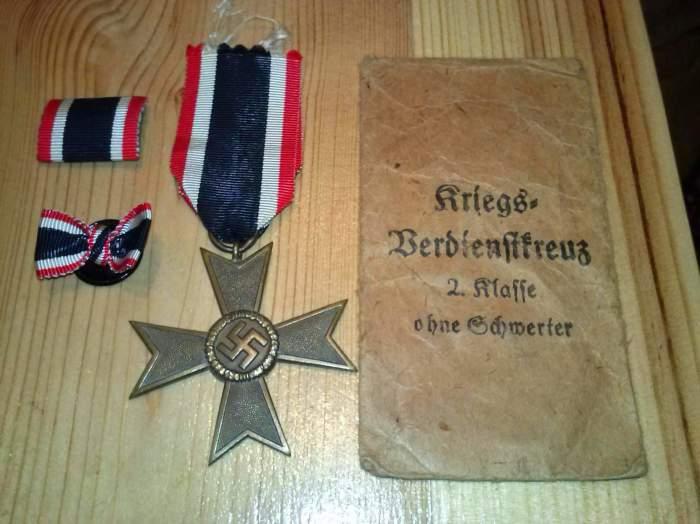 Награда Третьего Рейха - крест «За военные заслуги» 2-й степени без мечей. | Фото: warrelics.eu.