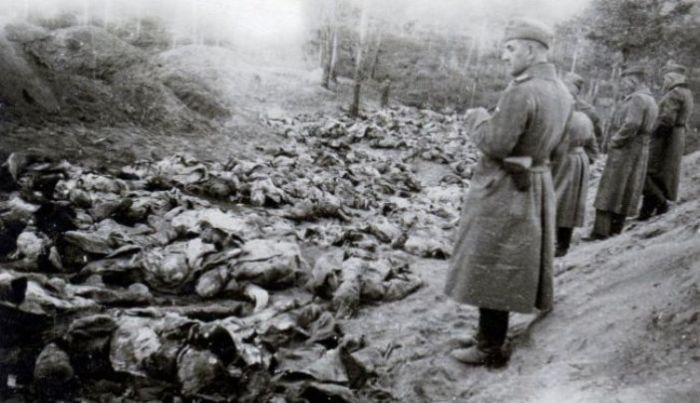 Немцы и предатели уничтожали гражданское население. | Фото: historiavera.com.