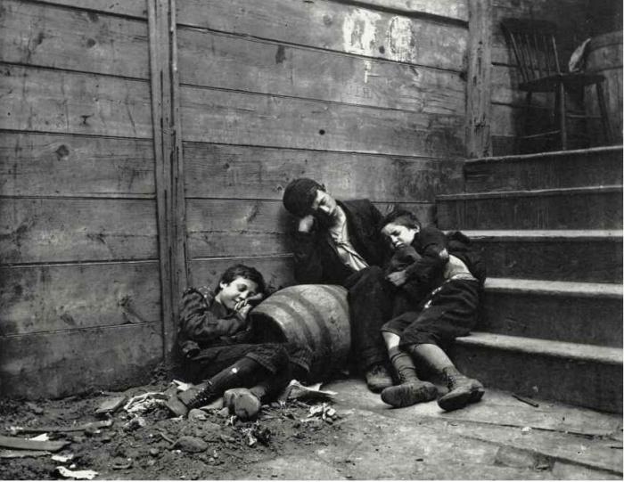Беспризорники на улицах города чаще всего становились преступниками. Фото: oscarenfotos.com.
