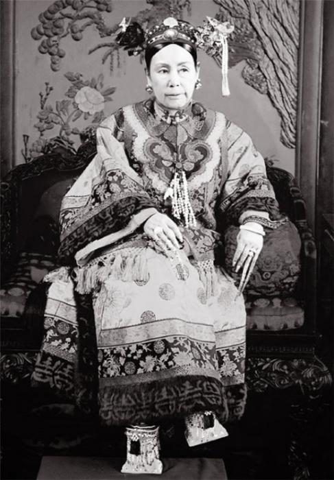 Цыси – регент китайского императора, фактически правившая страной. | Фото: spletnik.ru.