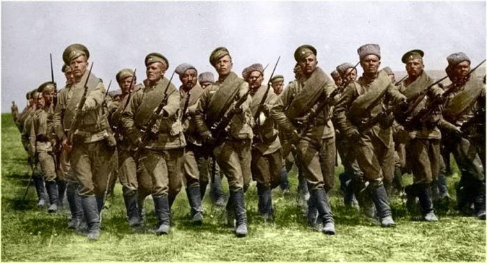 Атака русской пехоты. | Фото: soldatnao.blogspot.com.