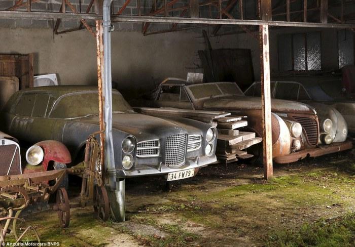 Заброшенные классические автомобили. | Фото: dailymail.co.uk.