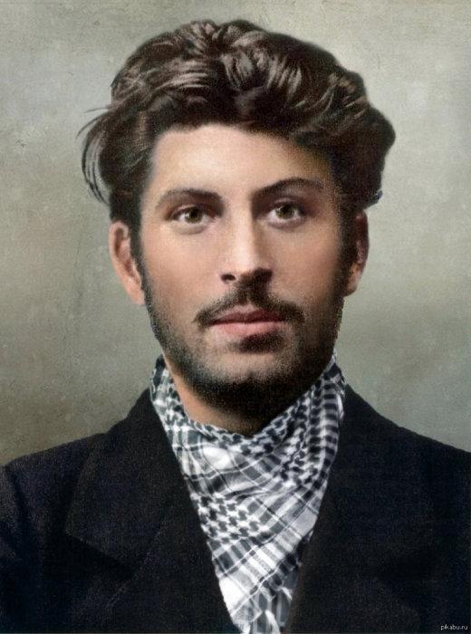 Молодой революционер-марксист Коба, 1902 год. | Фото: pikabu.ru.