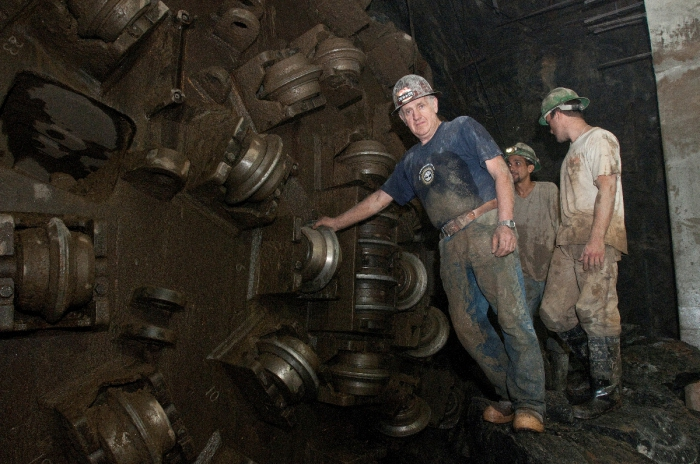 Рабочие завершают бурение туннеля. Нью-Йорк, 2011 год. | Фото: flickr.com.