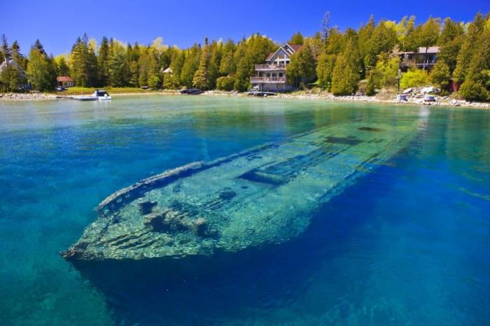 Судно, затонувшее в озере Гурон, США. | Фото: pinterest.com.