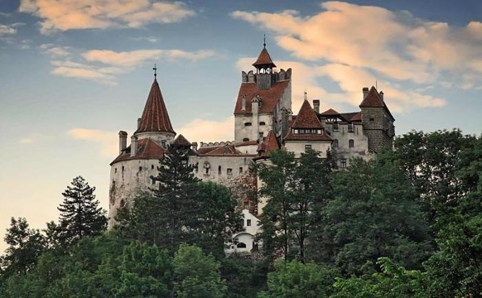 Замок Дракулы в Бране. | Фото: lurkmore.to.