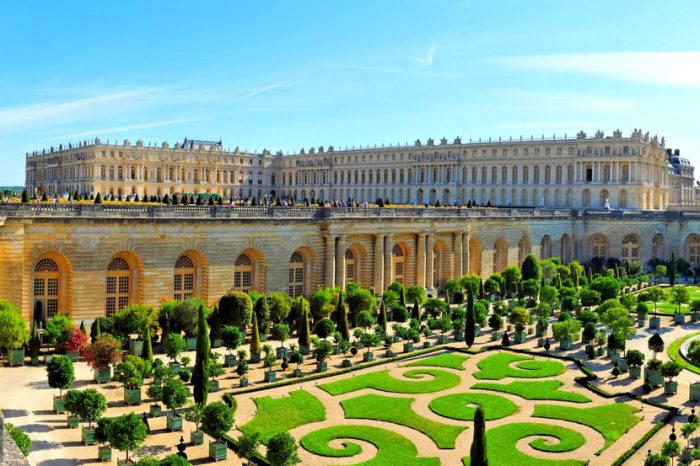 Версаль - резиденция французских королей. | Фото: putidorogi-nn.ru