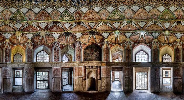 Дворец Хашт-Бехешт, Исфахан
