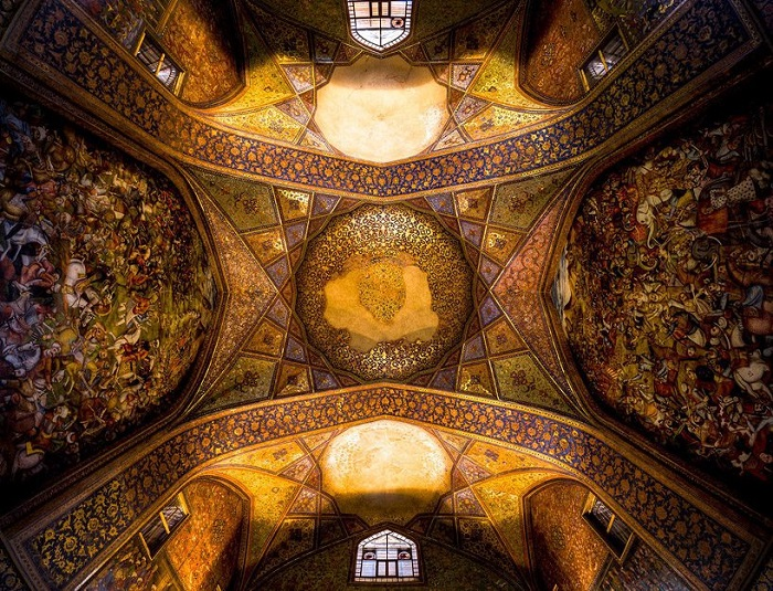 Чехель Сотун, Исфахан