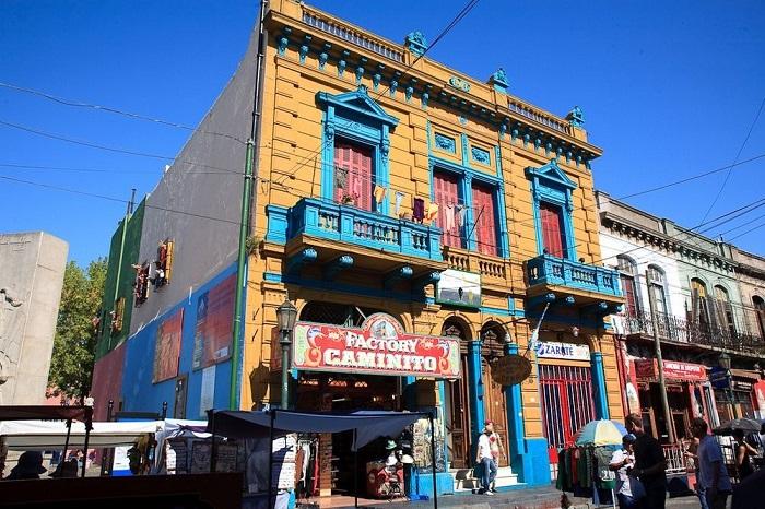 Factory Caminito – традиционный клуб, где танцуют страстное аргентинское танго