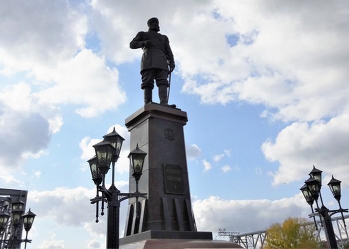 Памятник Александру III./Фото: turizm.ru
