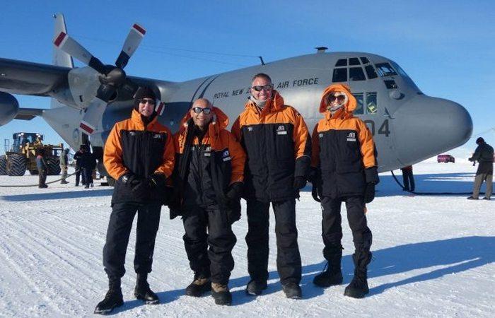 Необычная экспедиция в Антарктиду министра обороны Новой Зеландии.