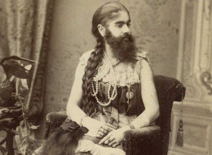 Бородатая женщина Энни Джонс.