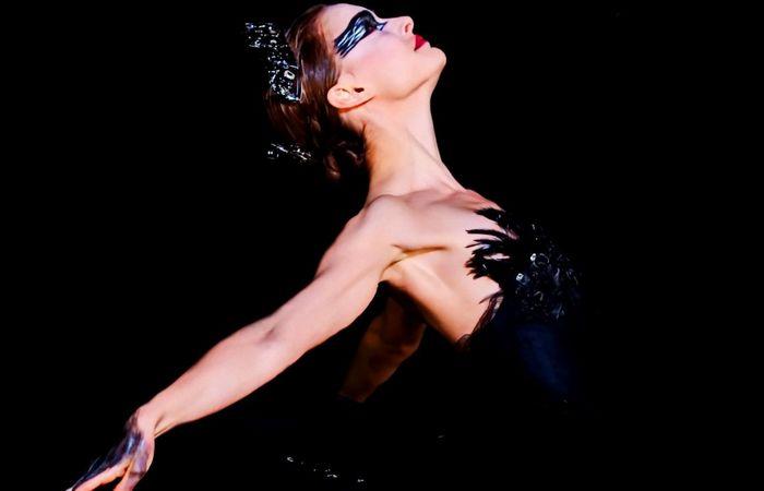 Кадр из фильма «Черный лебедь»./ Фото: walldevil.com