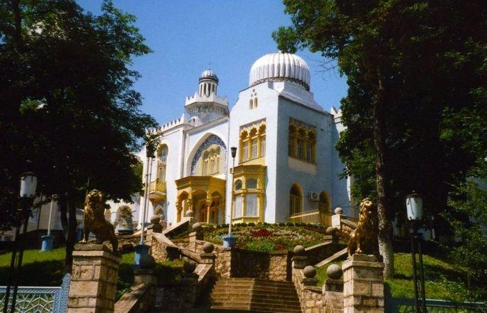 Архитектура Крыма: дворец «Дилькисо»./ Фото: masokol.ru