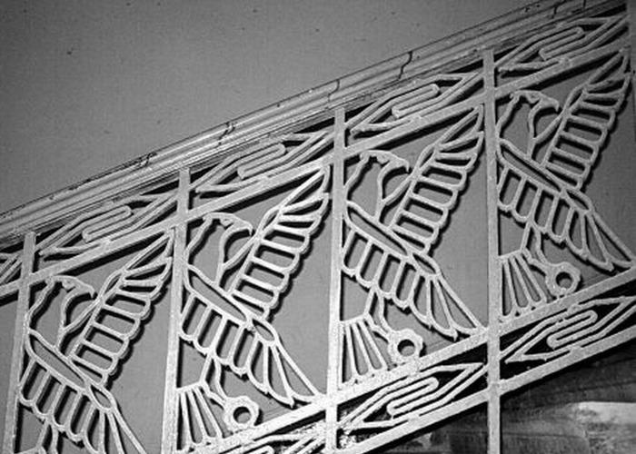 «Египетский дом» на Захарьевской 23 в Санкт-Петербурге. Лестничное ограждение.