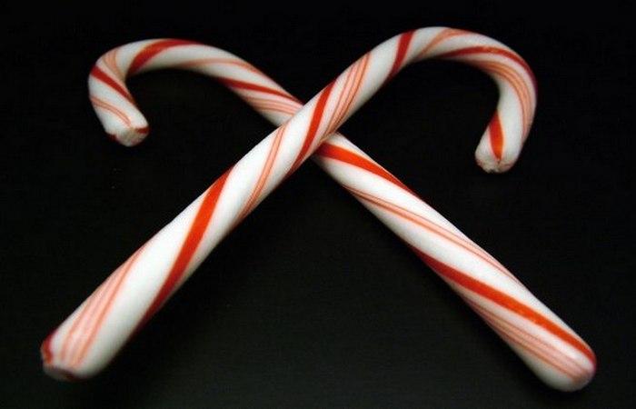 Рождественская карамельная трость.