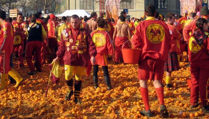 Фестиваль «Битва апельсинов».