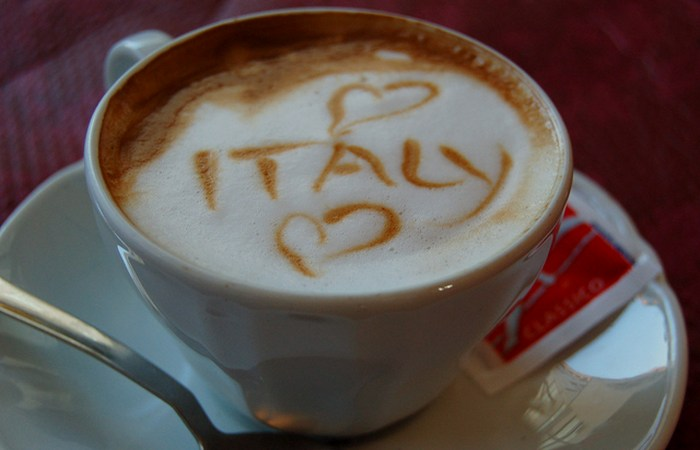 Итальянский кофе прекрасен.