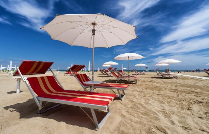 Пляж Эмилия Романья.