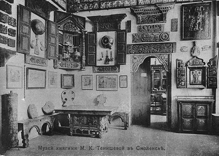Экспонаты музея Тенишевой в Смоленске ./ Фото: miloserdie.ru